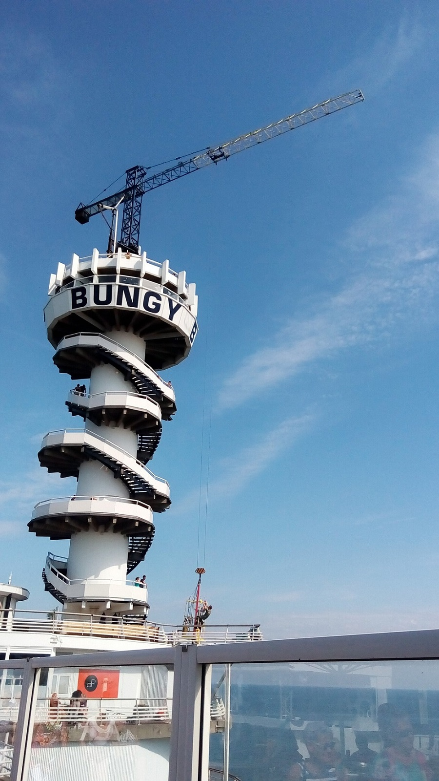 bungee-jumping-the-hague